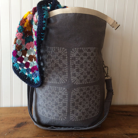 Deluxe Trundle Bag - Granny Squares
