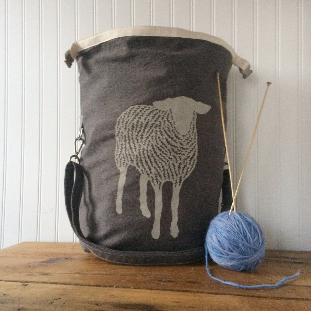 Deluxe Trundle Bag - Sheep