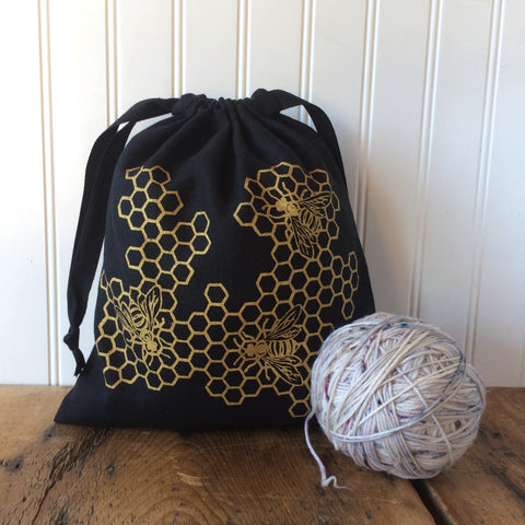 Medium Organic Linen Drawstring Bag - Bees