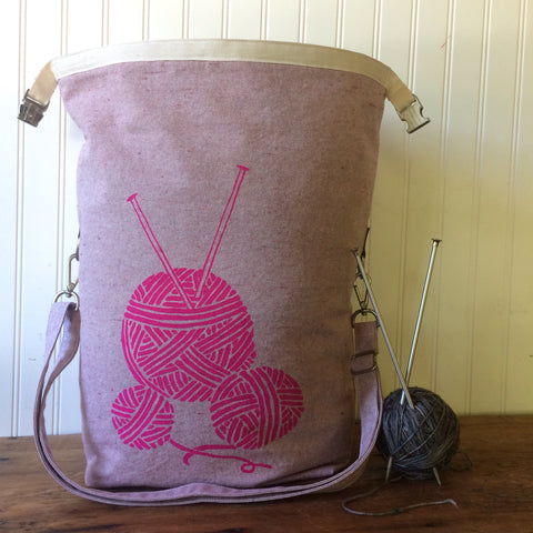 Deluxe Trundle Bag- Pink Yarn Balls
