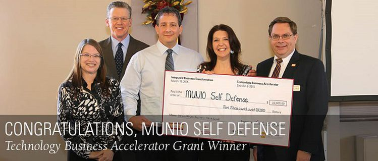 MUNIO_Self_Defense_Award_Winner