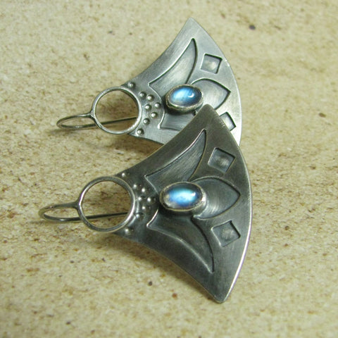 Blue Moonstone And Argentium Sterling Silver Lotus Earrings - Mocahete - 1