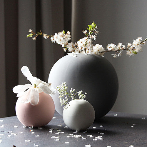 Cooee Ball Vase, 8cm - Dusty Pink - stock arriving soon