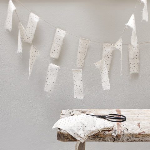 Atelier Sukha Garland - Joe Flag