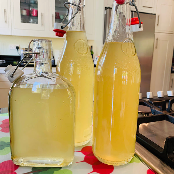 Lockdown Homemade Elderflower Cordial