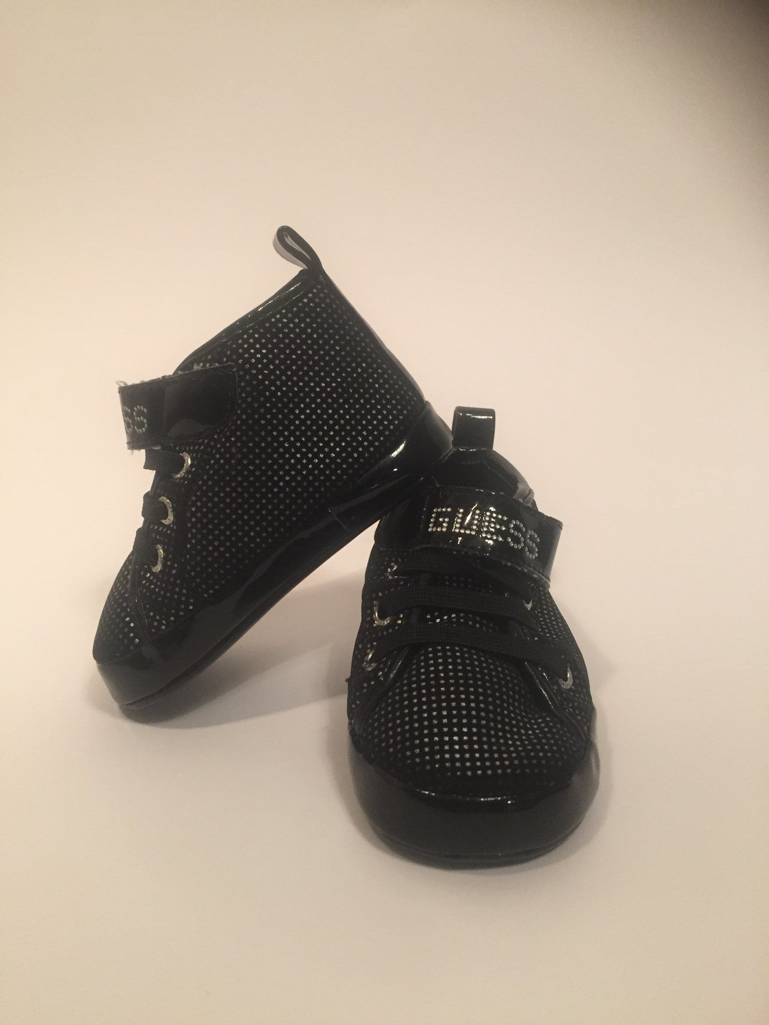 Girls Guess Shoes | Size 2