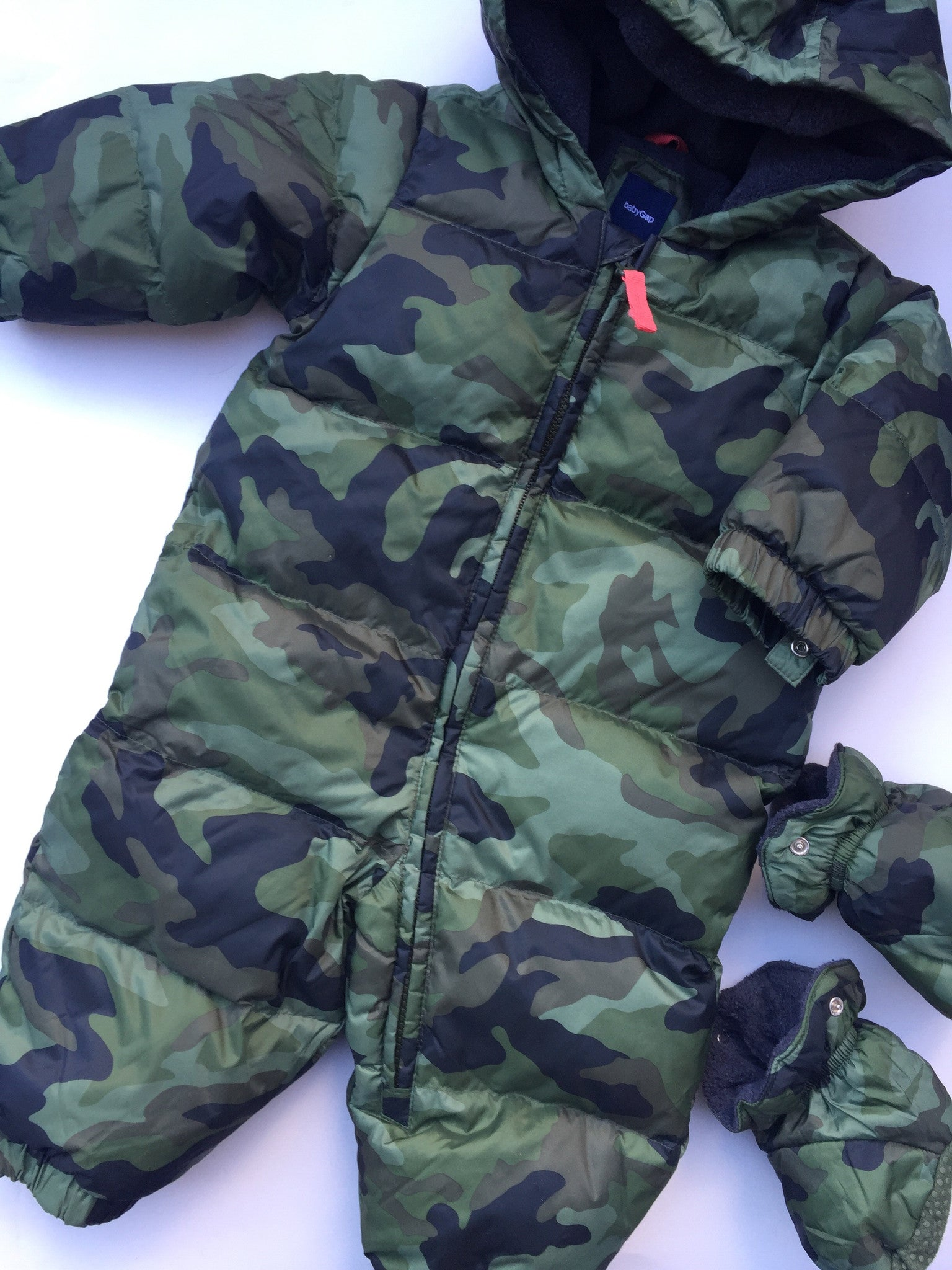 Baby Gap Camo Snowsuit + Hat | 6-12M
