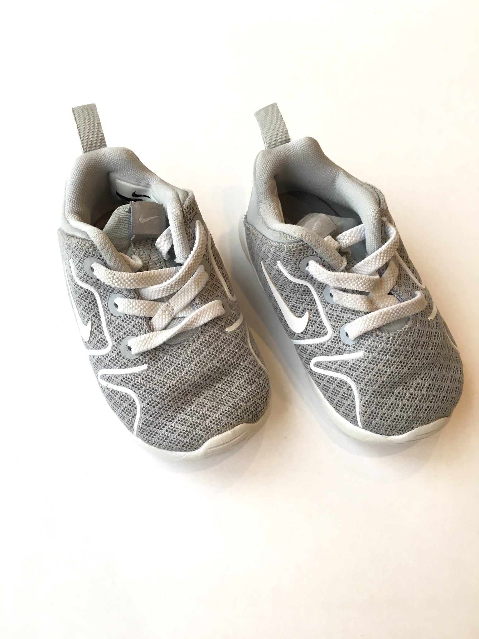 Nike Shoes | Size 4