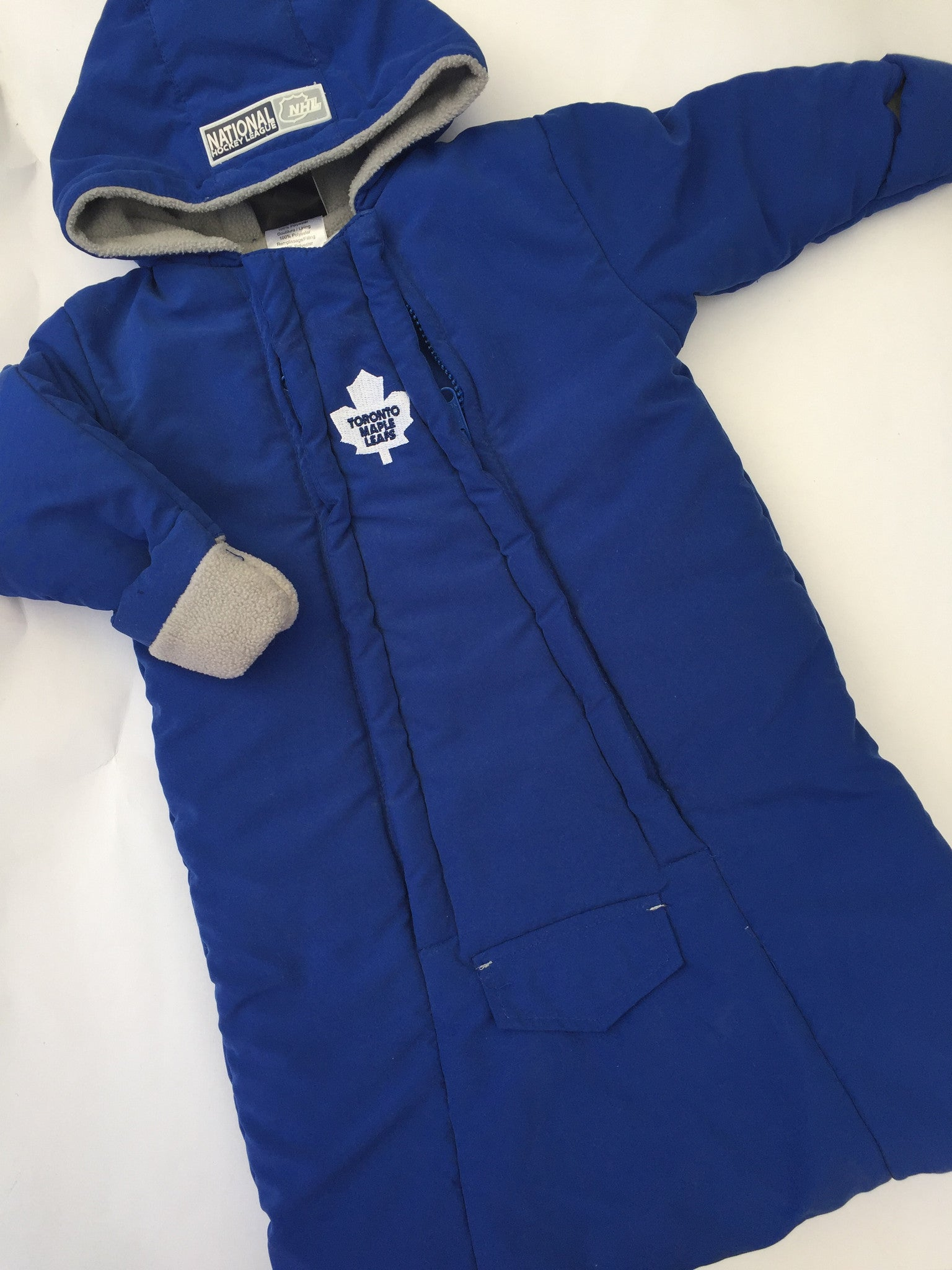 Toronto Maple Leaf Bundle Bag | 0-6M