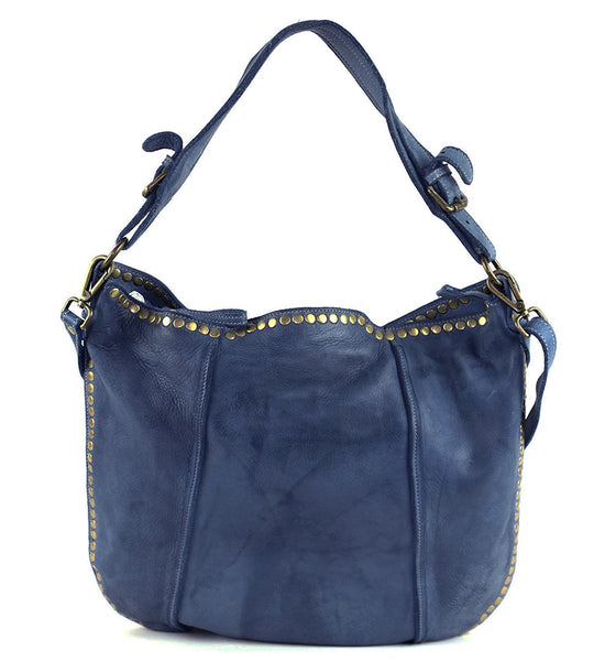 Anna Hobo in Navy