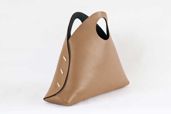 Reversible Medium Shell Bag - Camel/Black