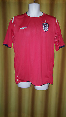 2004-06 England Away Shirt Size Medium - Forever Football Shirts