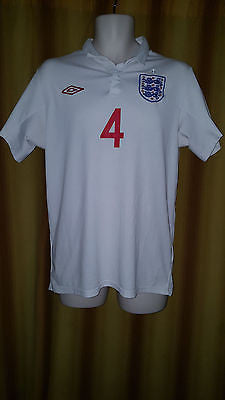 2009-10 England Home Shirt Size 40 - Gerrard #4 - Forever Football Shirts