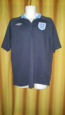 2011-12 England Away Shirt Size 40