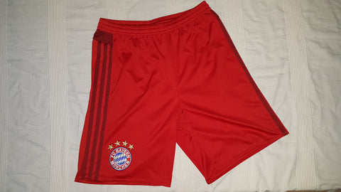 2015-16 Bayern Munich Home Shorts Size 15-16 Years - Forever Football Shirts