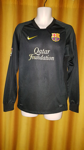2011-12 Barcelona Away Shirt Size Small (Long Sleeve) - Messi #10