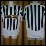 2003-04 Juventus Home Shirt Size Large - Forever Football Shirts