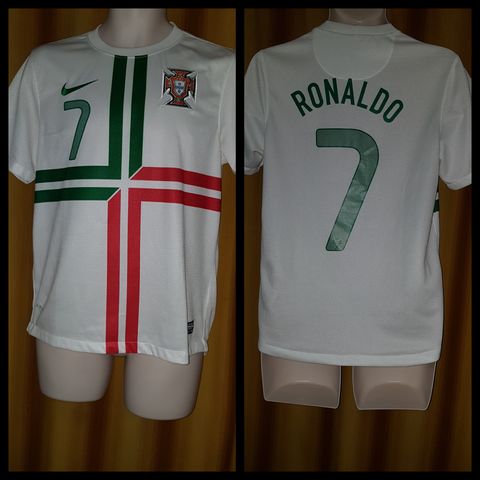 2012 Portugal Away Shirt Size Small - Ronaldo #7