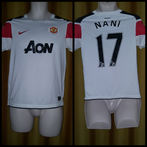 2010-11 Manchester United Away Shirt Size Large Boys - Nani #17