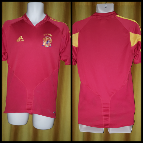 2004-05 Spain Home Shirt Size Small - Forever Football Shirts