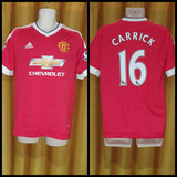 2015-16 Manchester United Home Shirt Size Medium - Carrick #16