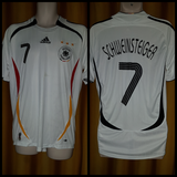 2005-07 Germany Home Shirt Size Medium - Schweinsteiger #7