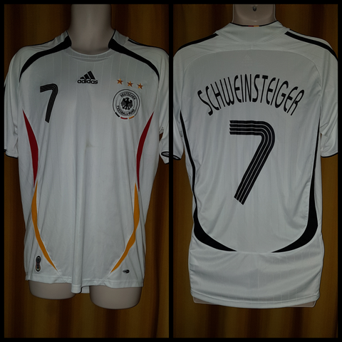2005-07 Germany Home Shirt Size Medium - Schweinsteiger #7 - Forever Football Shirts