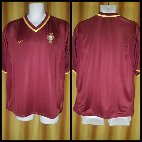 2000-02 Portugal Home Shirt Size Large - Forever Football Shirts
