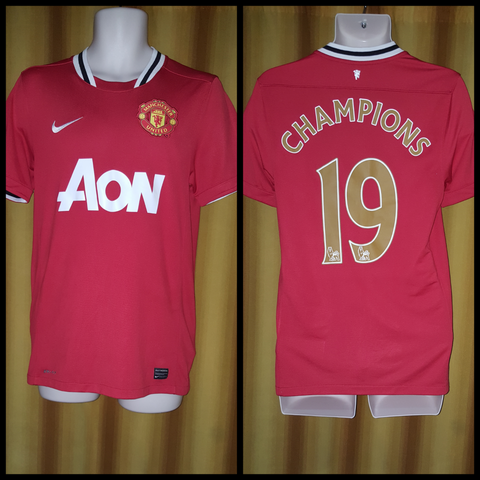 2011-12 Manchester United Home Shirt Size Small - Champions #19