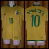 2006-07 Brazil Home Shirt Size Medium - Ronaldinho #10 - Forever Football Shirts