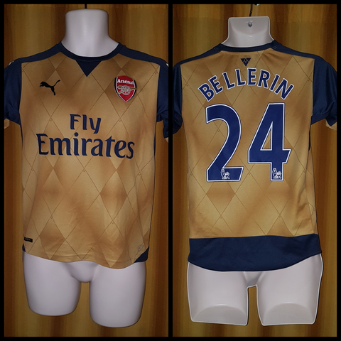 2015-16 Arsenal Away Shirt Size 32-34 – Bellerin #24