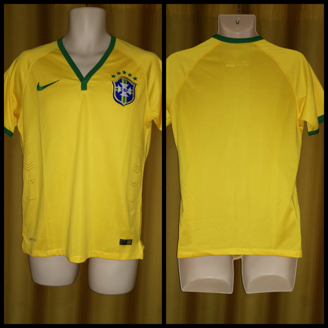 2014-15 Brazil Home Shirt Size Small - Forever Football Shirts