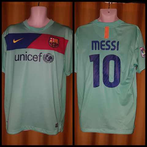 2010-11 Barcelona Away Shirt Size Large - Messi #10