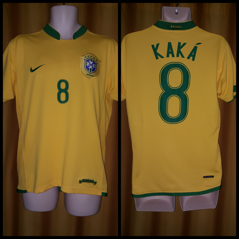 2006-07 Brazil Home Shirt Size Medium - Kaka #8