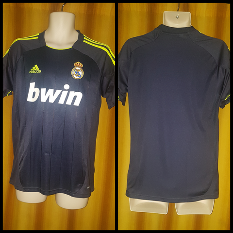 2012-13 Real Madrid Away Shirt Size 15-16 Yrs