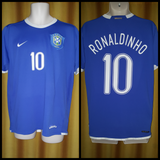 2006-07 Brazil Away Shirt Size Large - Ronaldinho #10