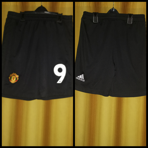 2018-19 Manchester United Home Shorts Size Small - #9