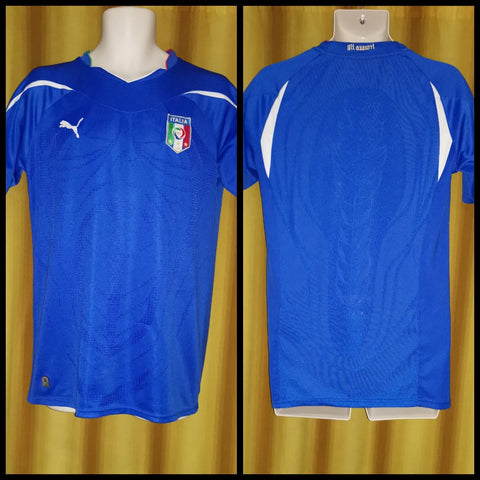 2010-11 Italy Home Shirt Size Medium