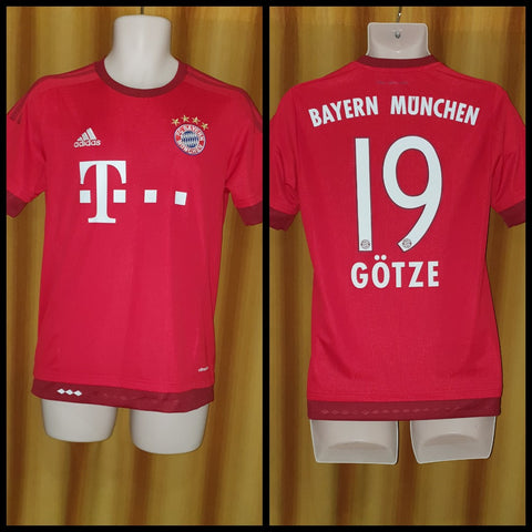 2015-16 Bayern Munich Home Shirt Size Small - Gotze #19