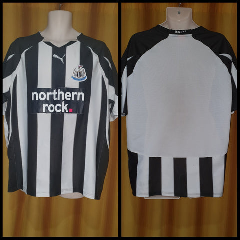 2010-11 Newcastle United Home Shirt Size Extra Large