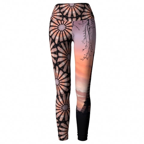 'Eiffel' World Tour Yoga Leggings - front