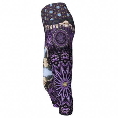 Scylla Seaside Yoga Capris side