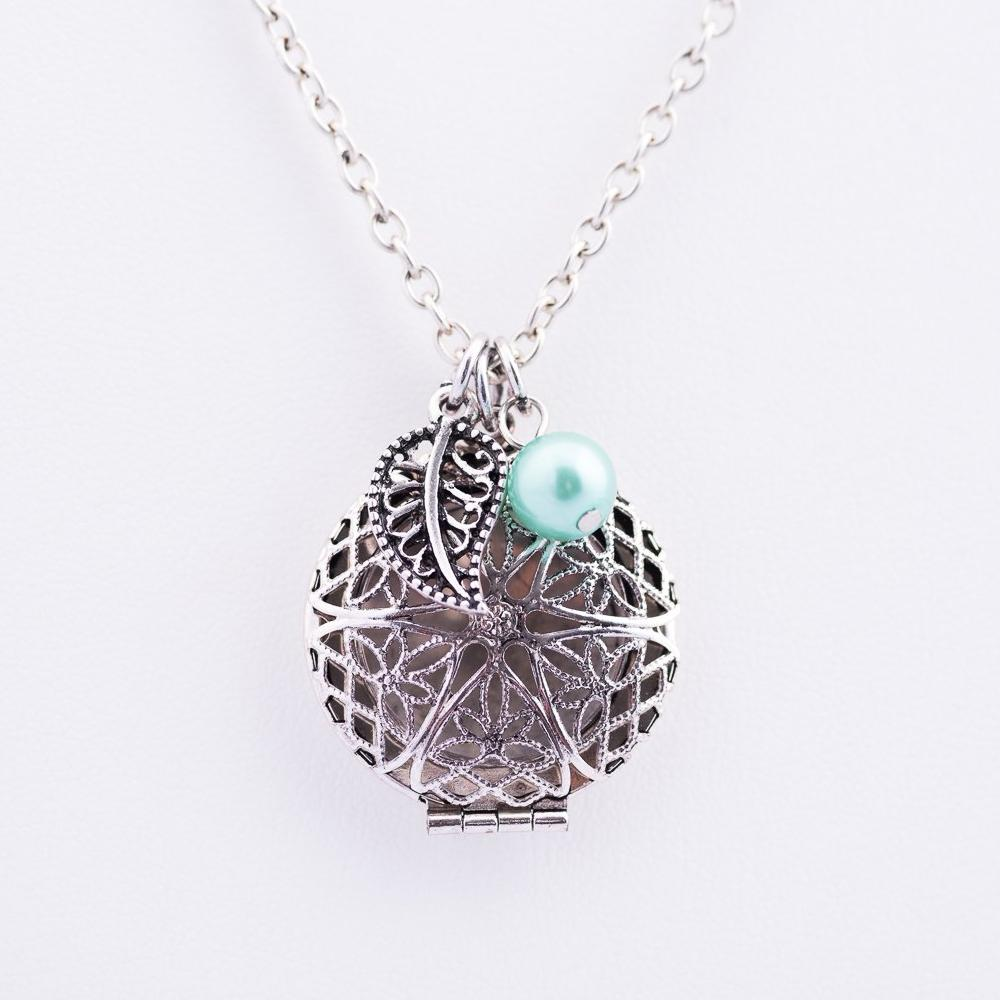 Leaf Charm Locket