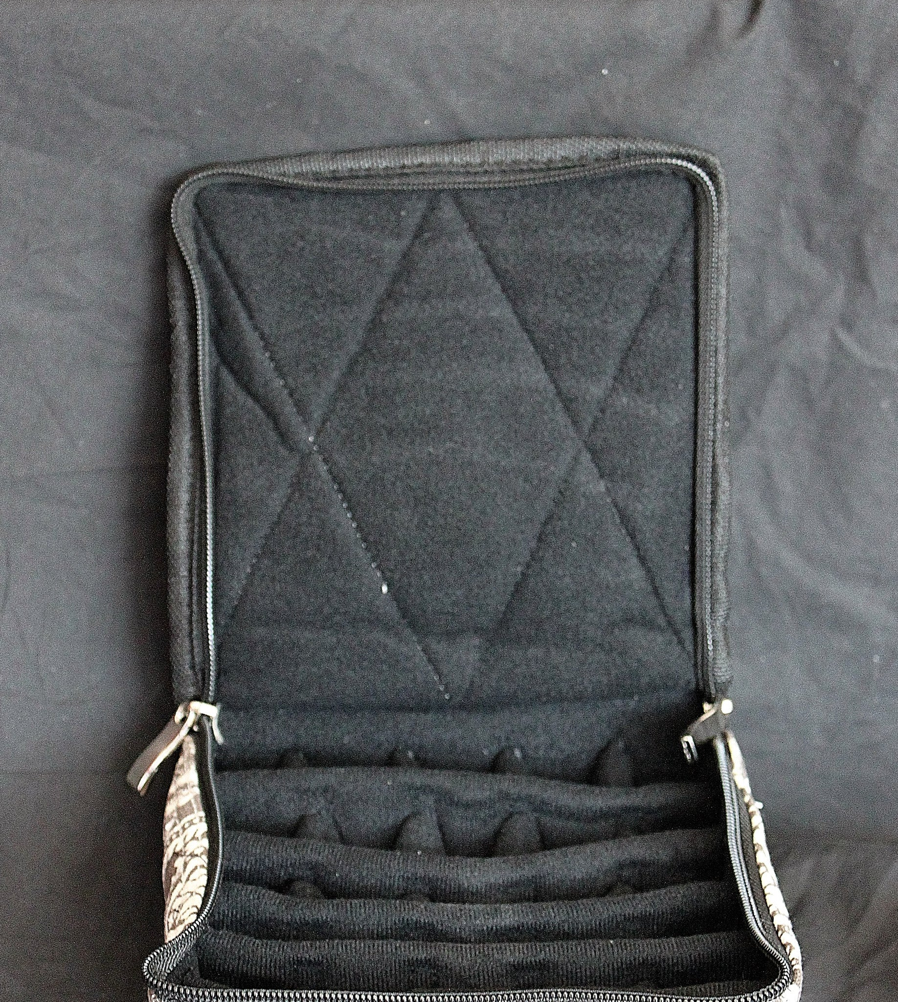 Large Durable Solid Black Essential Oil Carrying Case
