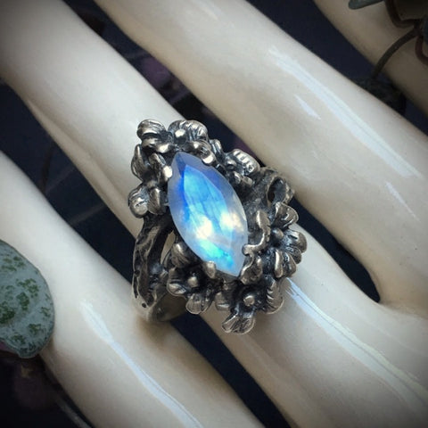 Nightshade ring