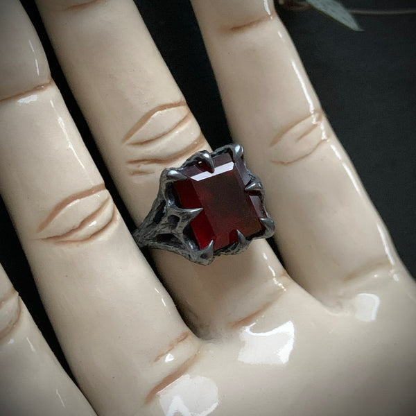The Dark Embrace Ring - (Garnet and Onyx versions)