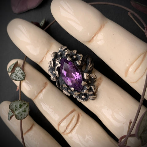 Nightshade Ring - Amethyst - Size 5.5 - Ready to Send
