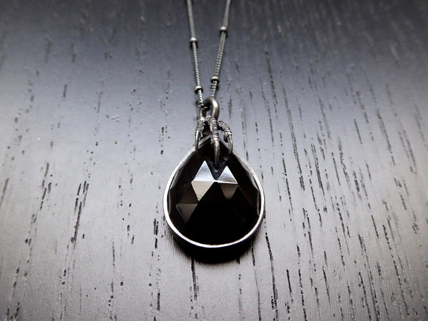 Eyrie Pendant