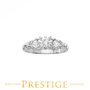 ENGAGEMENT RING 10KT WHITE GOLD - VINTAGE STYLE
