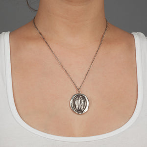 PYRRHA THREE GRACES TALISMAN NECKLACE